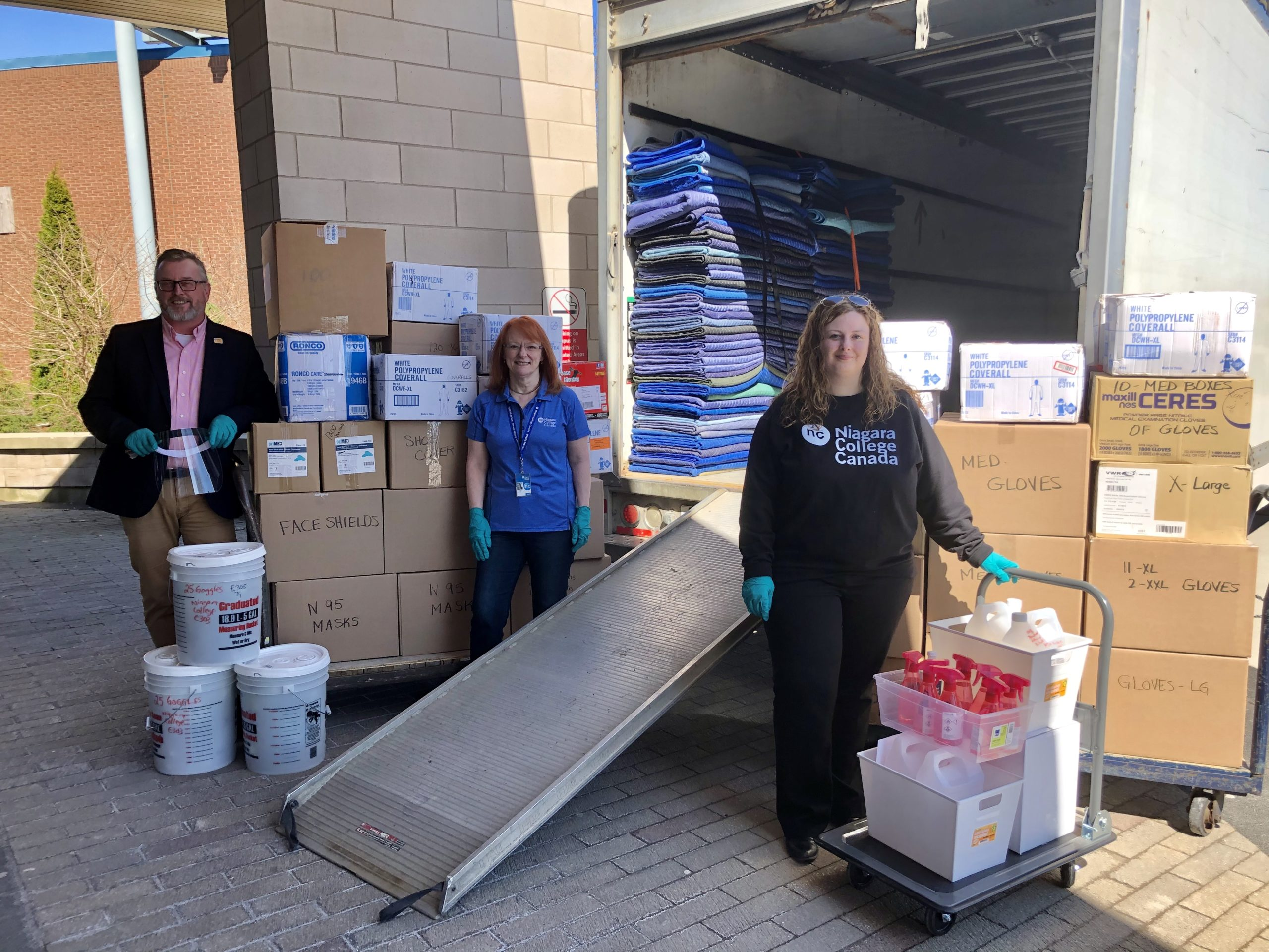 Niagara College donates more than 30,000 personal protective items to front-line healthcare