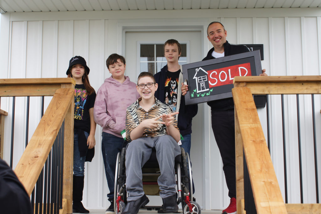 """""""I finally get an accessible house"""" Habitat Niagara home to help teen in wheelchair with independence"""