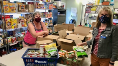 RE/MAX Welland Realty Helps RE/STOCK the Shelves at Pelham Cares.