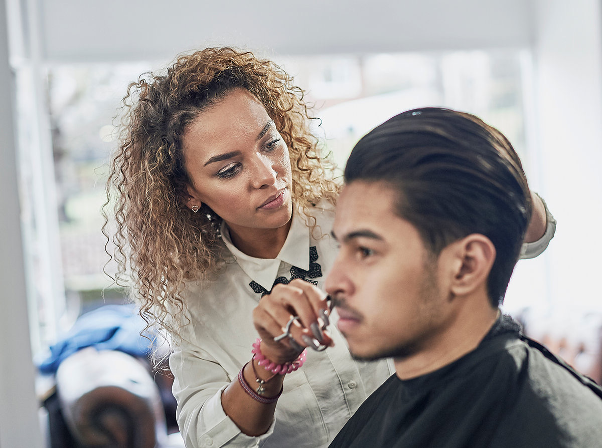 Men, Here's How you Should ask for a Great Hair Cut?