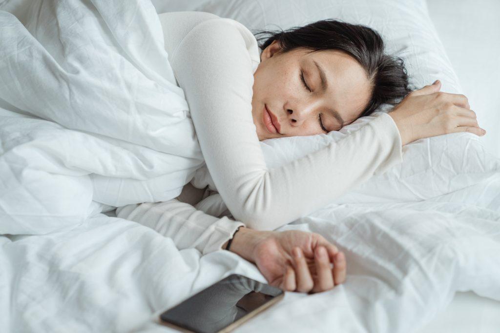8 Tips To Help You Sleep Better